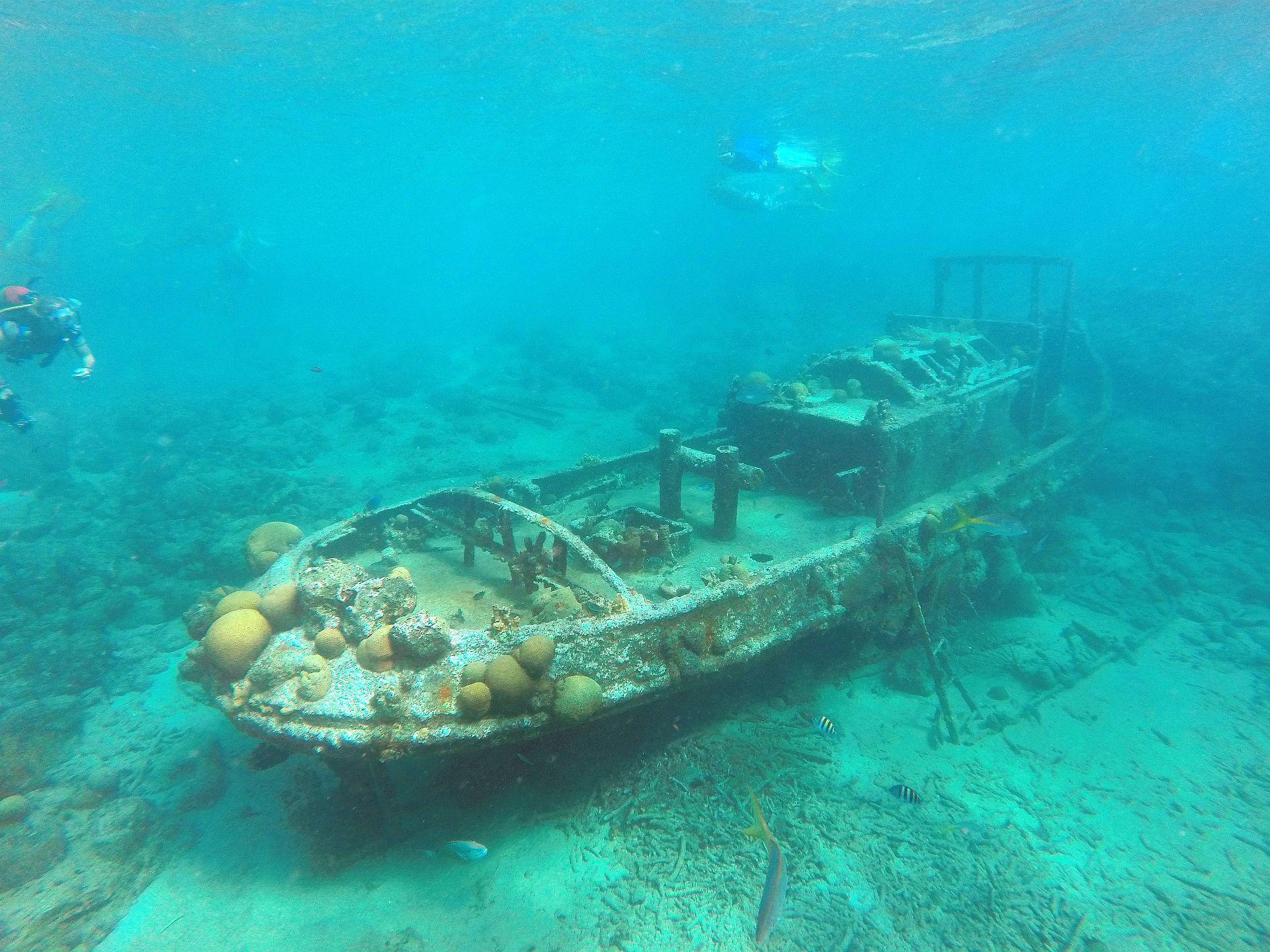 Tugboat, Curacao